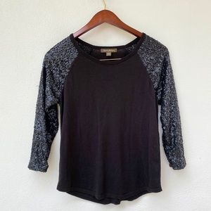 TOMMY BAHAMA black sequin sleeves sweater